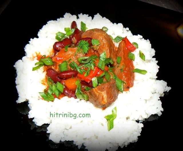 свинско месо с червен боб