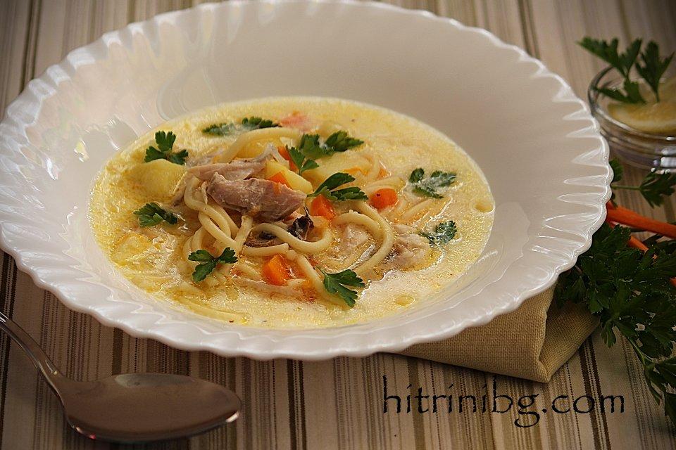 пилешката супа с фиде