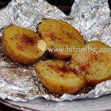 Печени цели картофи във фурна