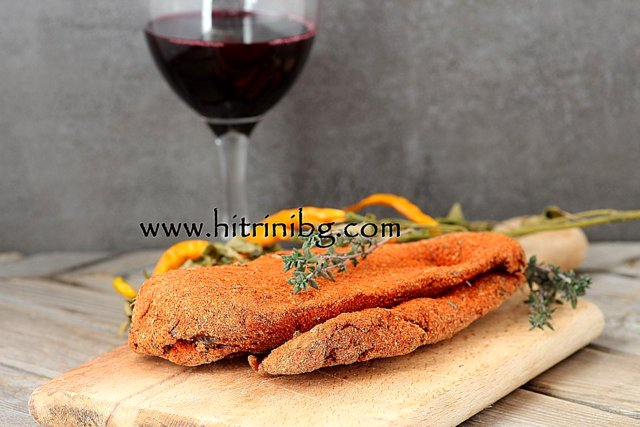 пилешка пастърма и червено вино