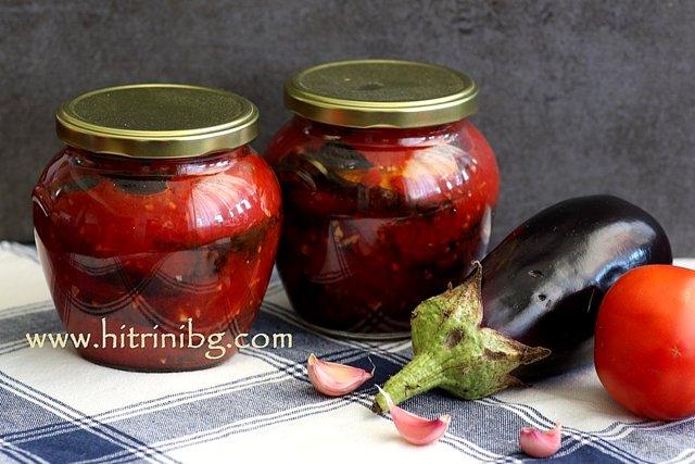 патладжан в доматен сос с чесън