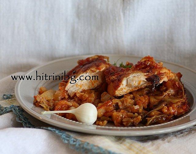 пиле със зеле и мащерка
