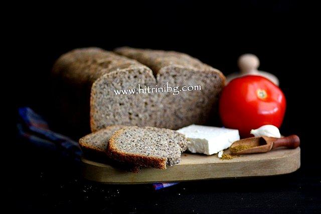 Домашният черен хляб със семена