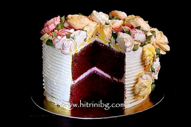разрязана торта червено кадифе
