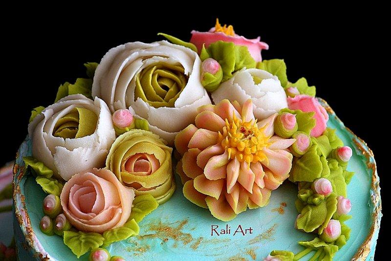 прекрасни цветя от корейски крем