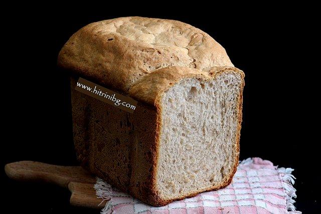 Домашният бял хляб в хлебопекарна