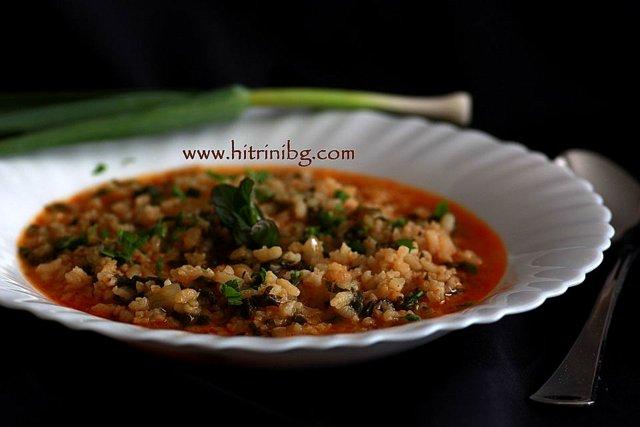 Яхния с ориз и лапад