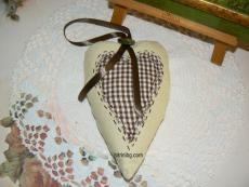 Сърце от плат за подарък