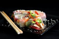 Пролетни рулца със свинско и зеленчуци