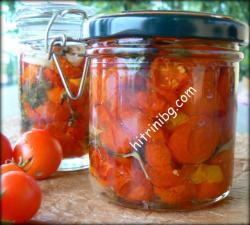 сушени чери домати в зехтин